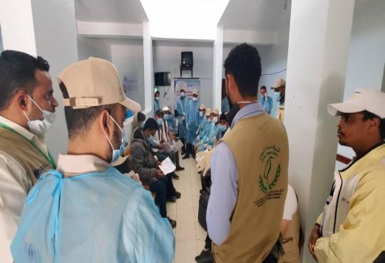 اتحاد نساء اليمن يساهم في القضاء على داء الجرب لعدد 210 اسرة في مخيمات النازحين في إب